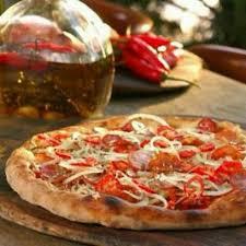 Pizza trebuie evitată de persoanele care țin dietă, Foto: urbanspoon.com