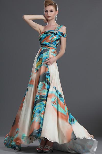 Rochie lungă din mătase naturală, Foto: edressit.fis.ru
