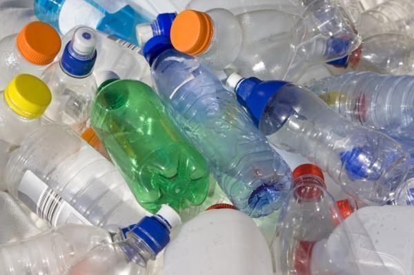 Sticlele din plastic, Foto: topsecretwriters.com