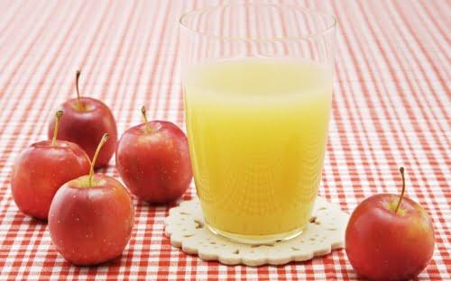 Suc natural din mere, Foto: hdwpics.com