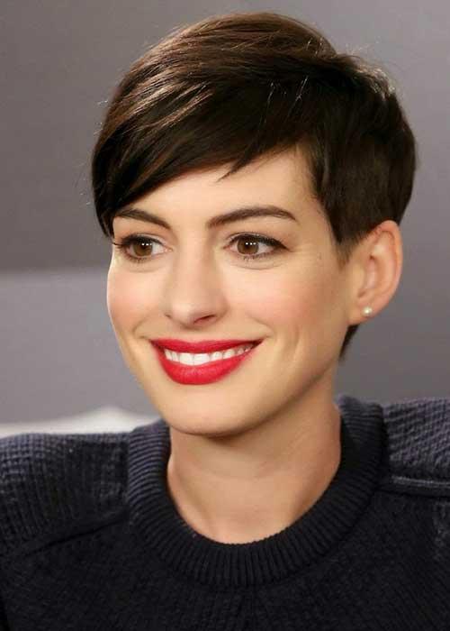 Tunsoare modernă la actrița Anne Hathaway, Foto: fashionqe.com