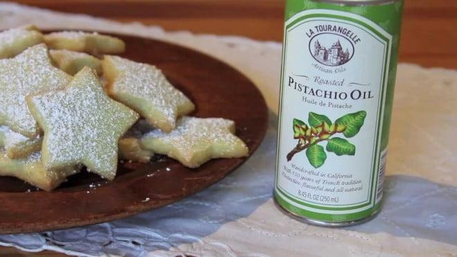 Uleiul de fistic se folosește în gastronomie, Foto: youtube.com
