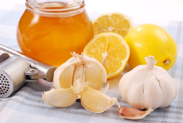 Usturoi, miere, lămâie, Foto: kakmed.ru