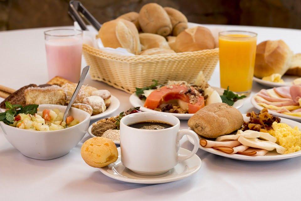Cafea la micul dejun