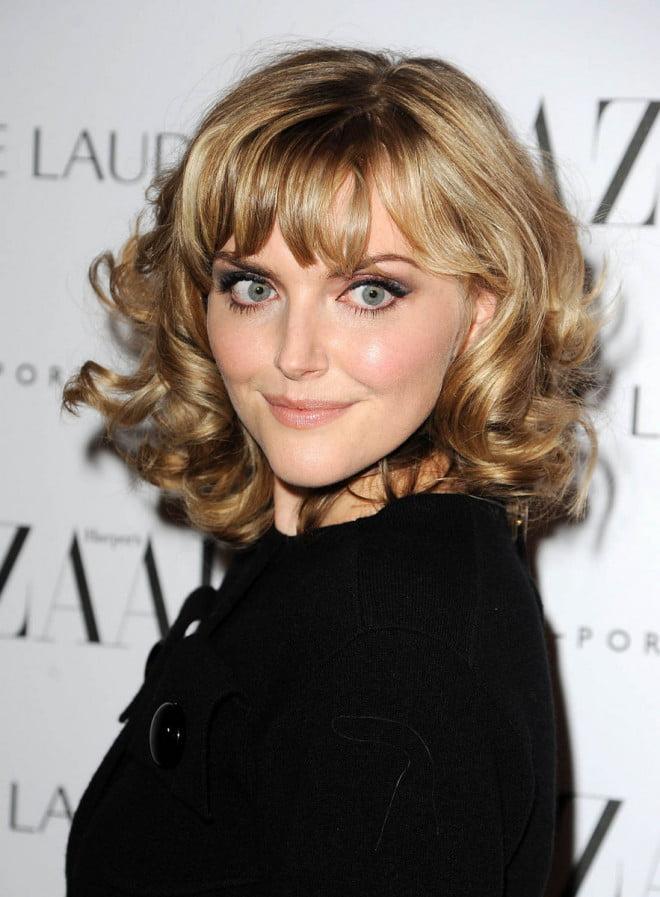 Coafură elegantă ca la Hollywood, Foto: beautymaniacs.org