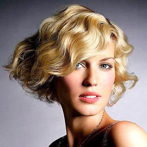 Coafură seducătoare pentru păr de lungime medie, Foto: artofcare.ru