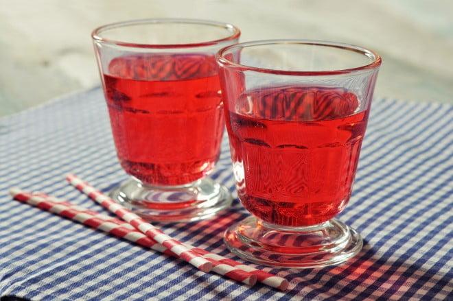 E129 - aditiv alimentar roșu, Foto: foodsafetyhelpline.com