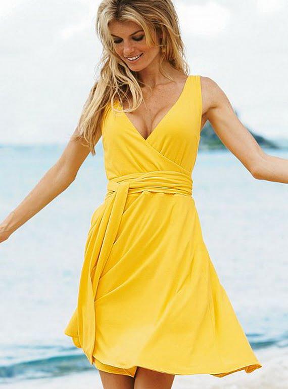 Rochie galbenă tinerească pentru plajă, Foto: style4g.com