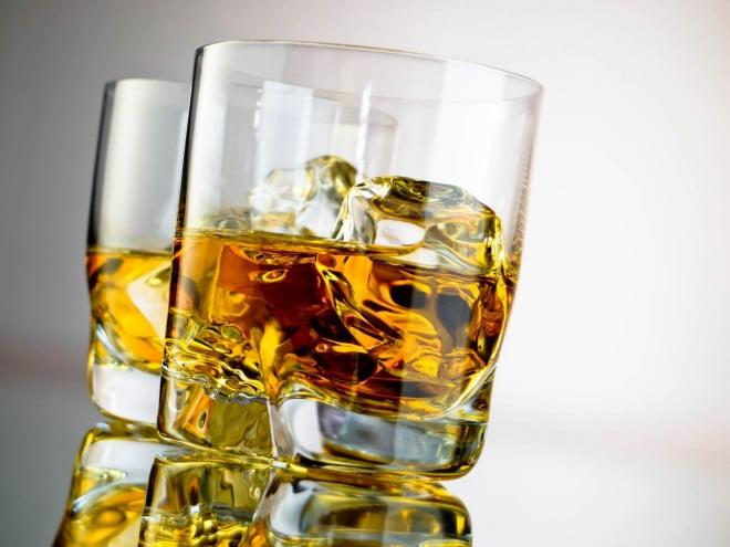 Alcoolul ne afectează sistemul nervos, Foto: deeptisrivastava.files.wordpress.com