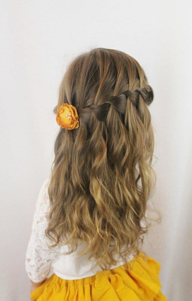 Coafură pentru fetiță cu părul lung, Foto: designmag.fr