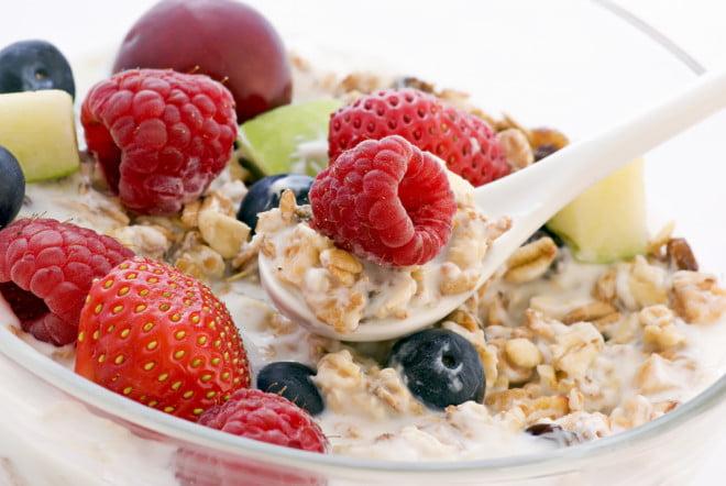 Fructe și cereale, Foto: diabetesmastery.com
