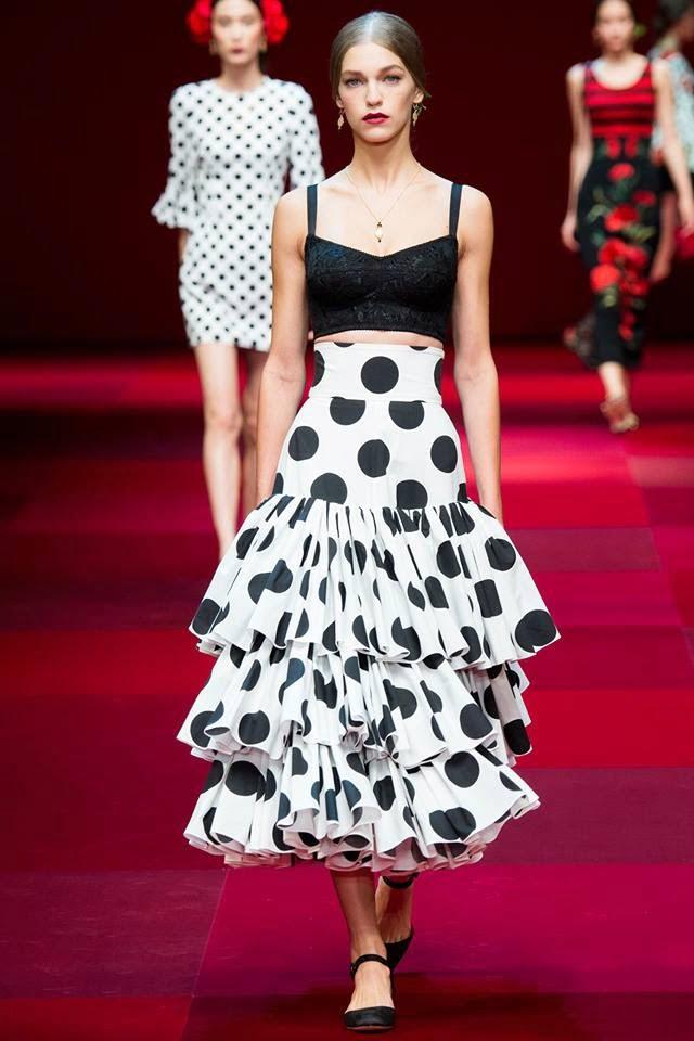 Fustă cu buline Dolce & Gabbana, Foto: throwonyourwar-paint.blogspot.com