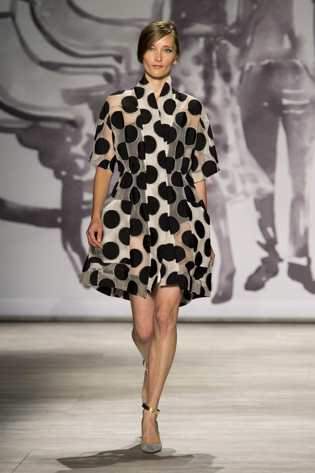 Imprimeu cu buline, Foto: fashionising.com