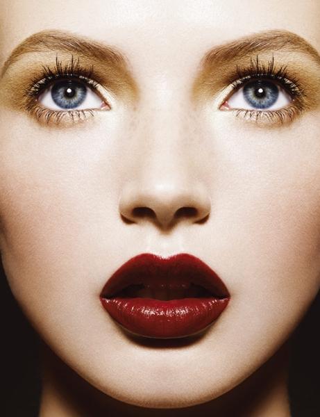 5 stiluri de machiaj pentru ochii căprui - Frumuseţe