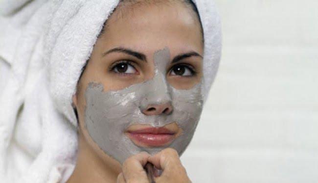 Masca facială cu argilă ajută în tratamentul acneei, Foto: yalo.su