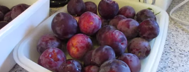 Prunele ajută la scăderea în greutate
