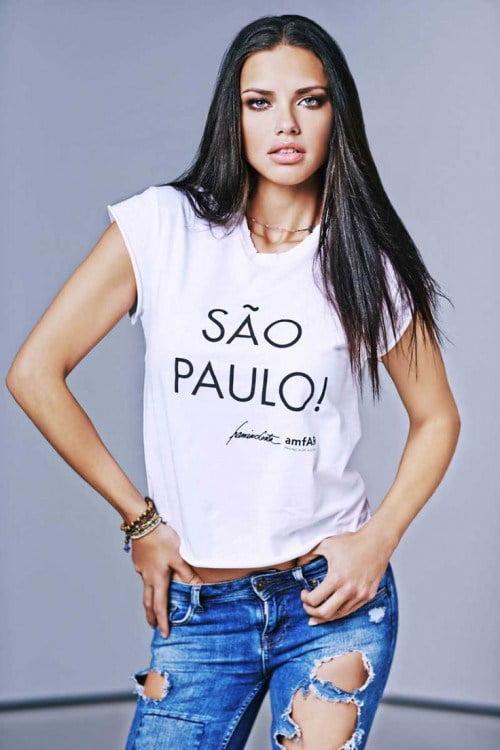 Tricou modern la Adriana Lima, Foto: dresslikeabitch.com