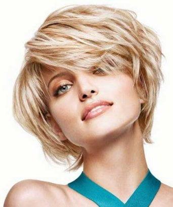 Coafură tinerească pentru femei blonde, Foto: coupedecheveux.eu