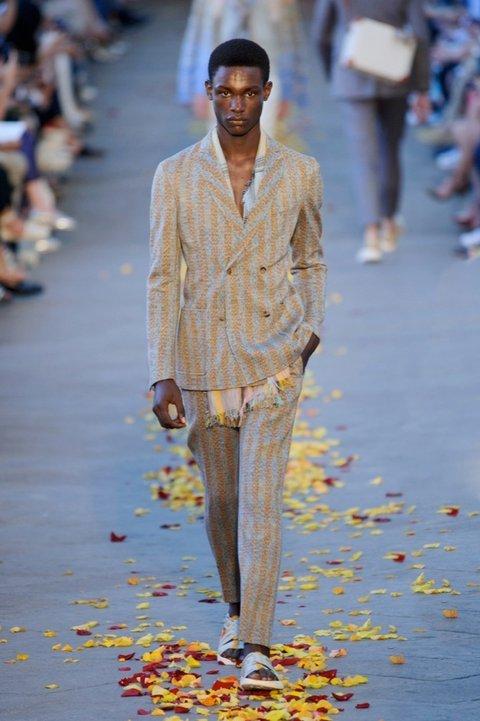 Colecția Missoni - Stilul afro la tunsori pentru bărbați, Foto: harpersbazaar.es