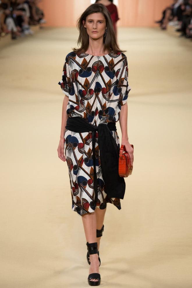 Curea în formă de eșarfă, marca Hermes, Foto: styleandsocial.com