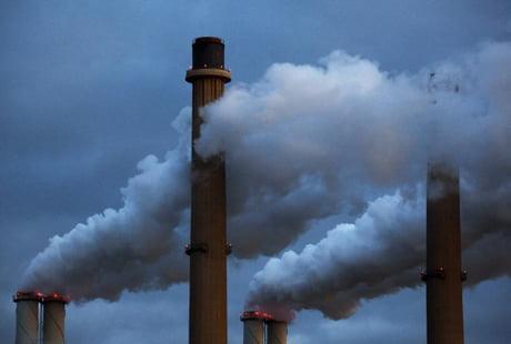 Evacuările industriale conțin particule de metale și toxine foarte periculoase pentru sănătate, Foto: lescienze.it