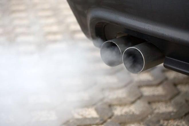 Gazele de eșapament poluează aerul, Foto: my.teslamotors.com