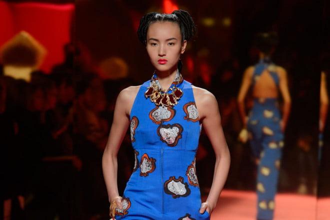 Moda în prezentarea Schiaparelli, Foto: journaldesfemmes.com