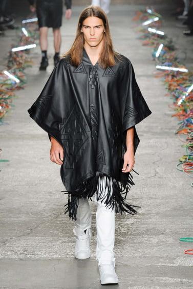 Moda Marcelo Burlon, stilul rock cu părul lung, Foto: flightclub.cn