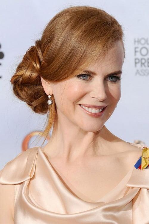 Nicole Kidman are o coafură elegantă cu părul prins în coc, Foto: dansmonboudoir.fr