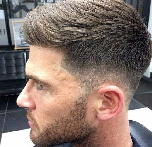 Tunsoare modernă în acest an, Foto: mens-hairstyle.com