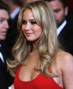 Coafură frumoasă la Jennifer Lawrence, Foto: stylestime.net