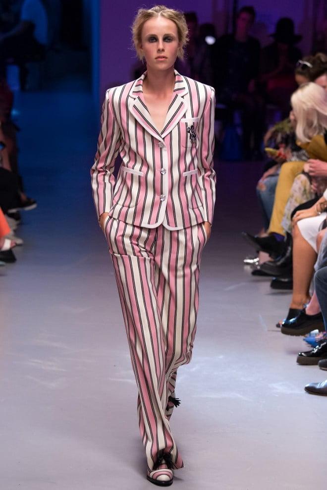 Costum în stil pijama, Foto: fashionn.com