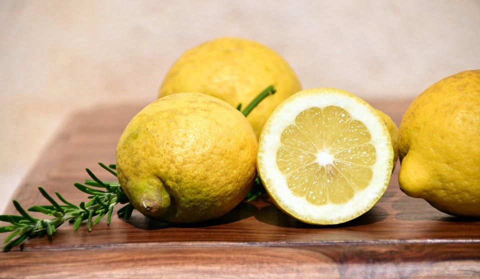 4-lamaia-fruct