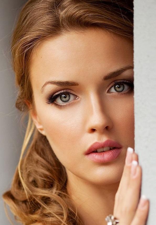 Coafură de ocazie, Foto: makeup.vidalondon.net