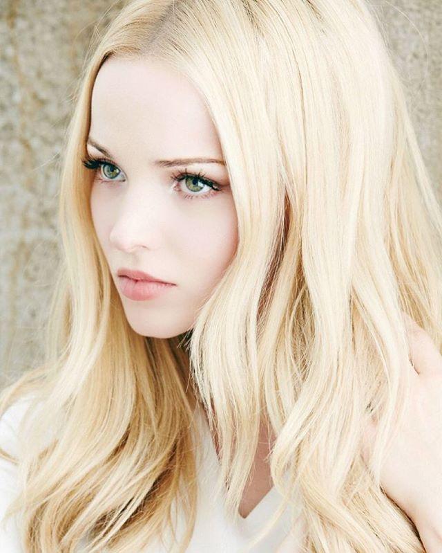 Coafură elegantă pentru blonde, Foto: ontheteenbeat.com