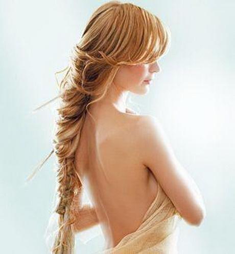 Coafură cu părul împletit, Foto: hepsiba.biz