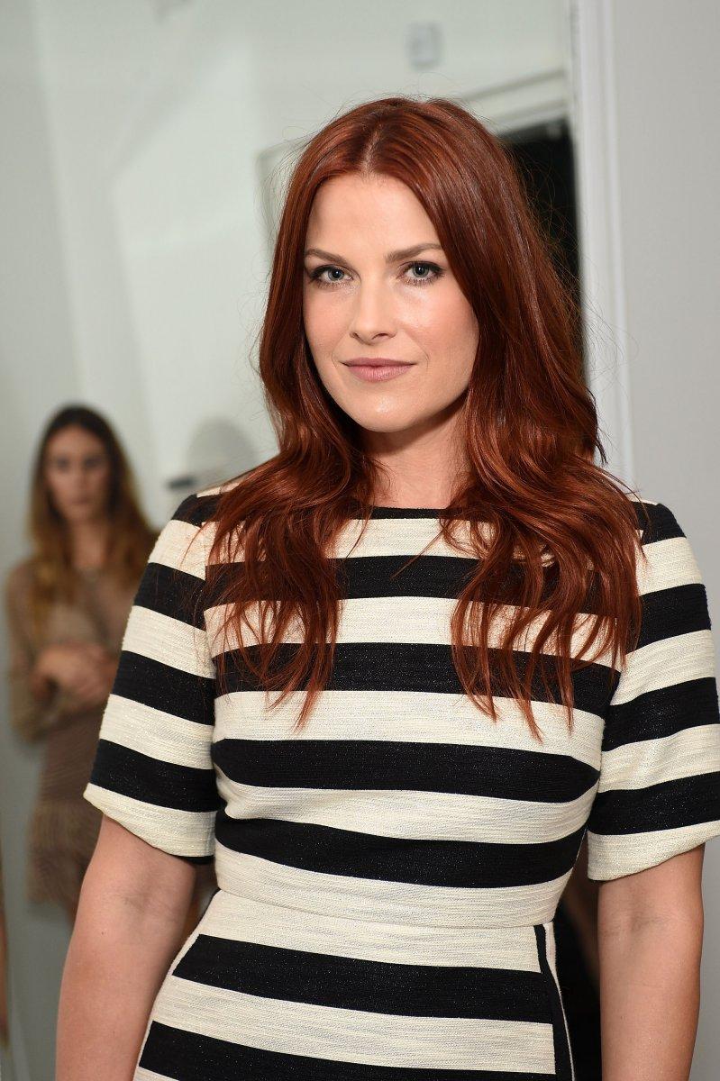Se poartă părul roșcat intens, Foto: cosmo.com.ua