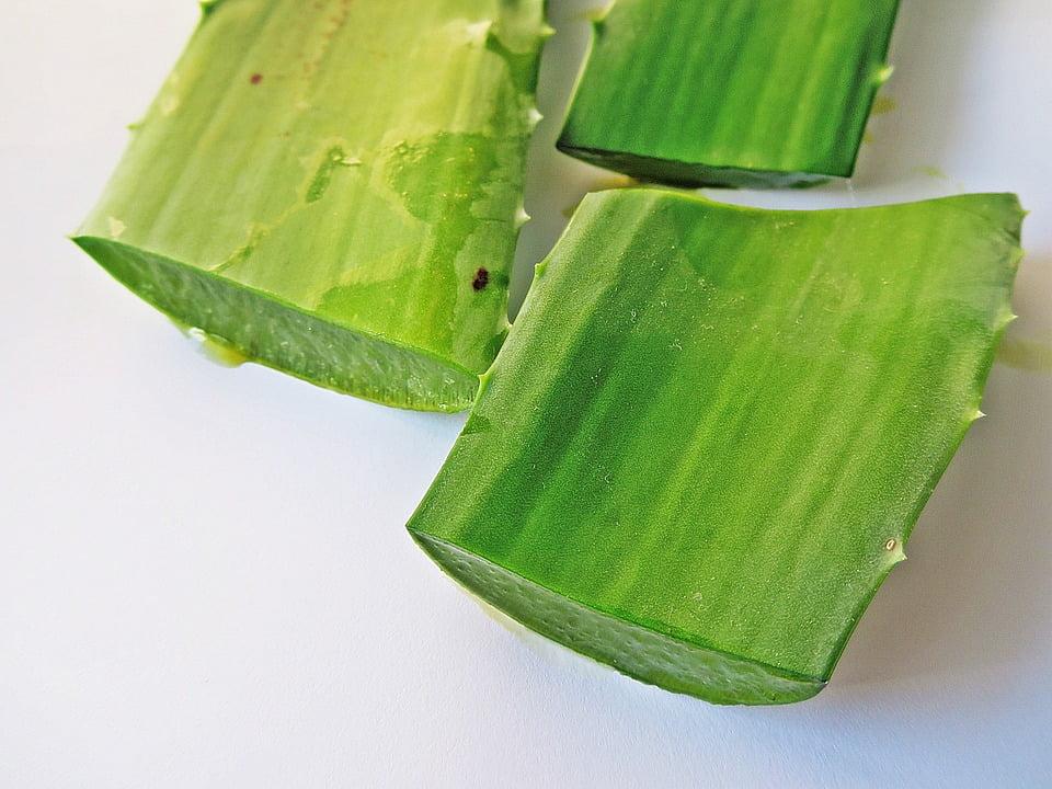 6-gel-aloe-vera-din-frunzele-plantei