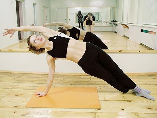 Exercițiu pentru corectarea scoliozei, Foto: nebolet.com