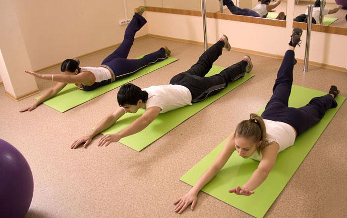 Exerciții pentru corectarea problemelor coloanei vertebrale și în special a cifozelor, Foto: mypozvonok.ru