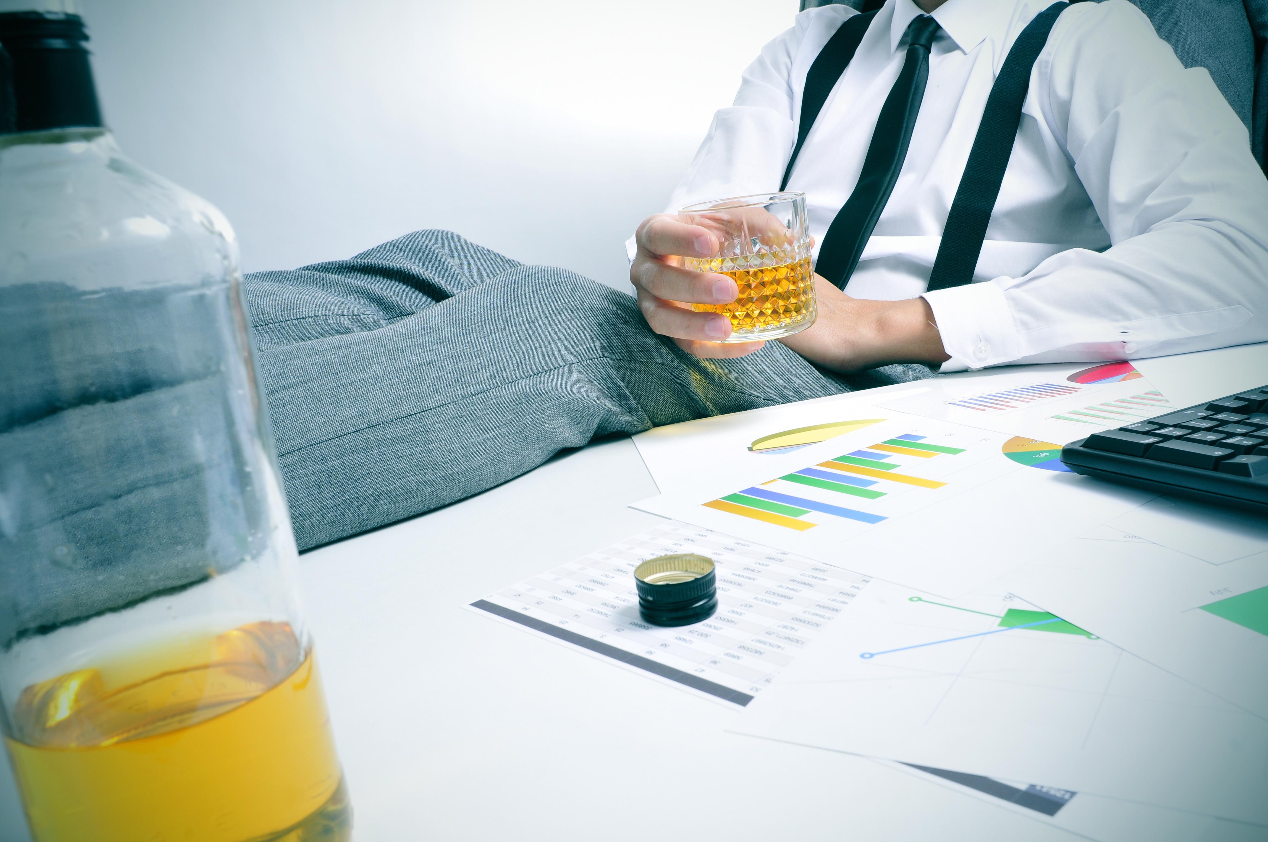 Alcoolul scade capacitatea intelectuală, Foto: kaplanmorrell.com