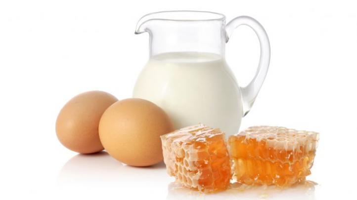 Lapte cald cu ou și miere, Foto: onelady.ru