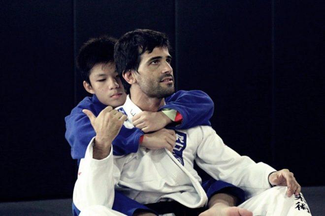 Tehnici Jiu Jitsu