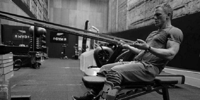 Daniel Craig la sala de fitness